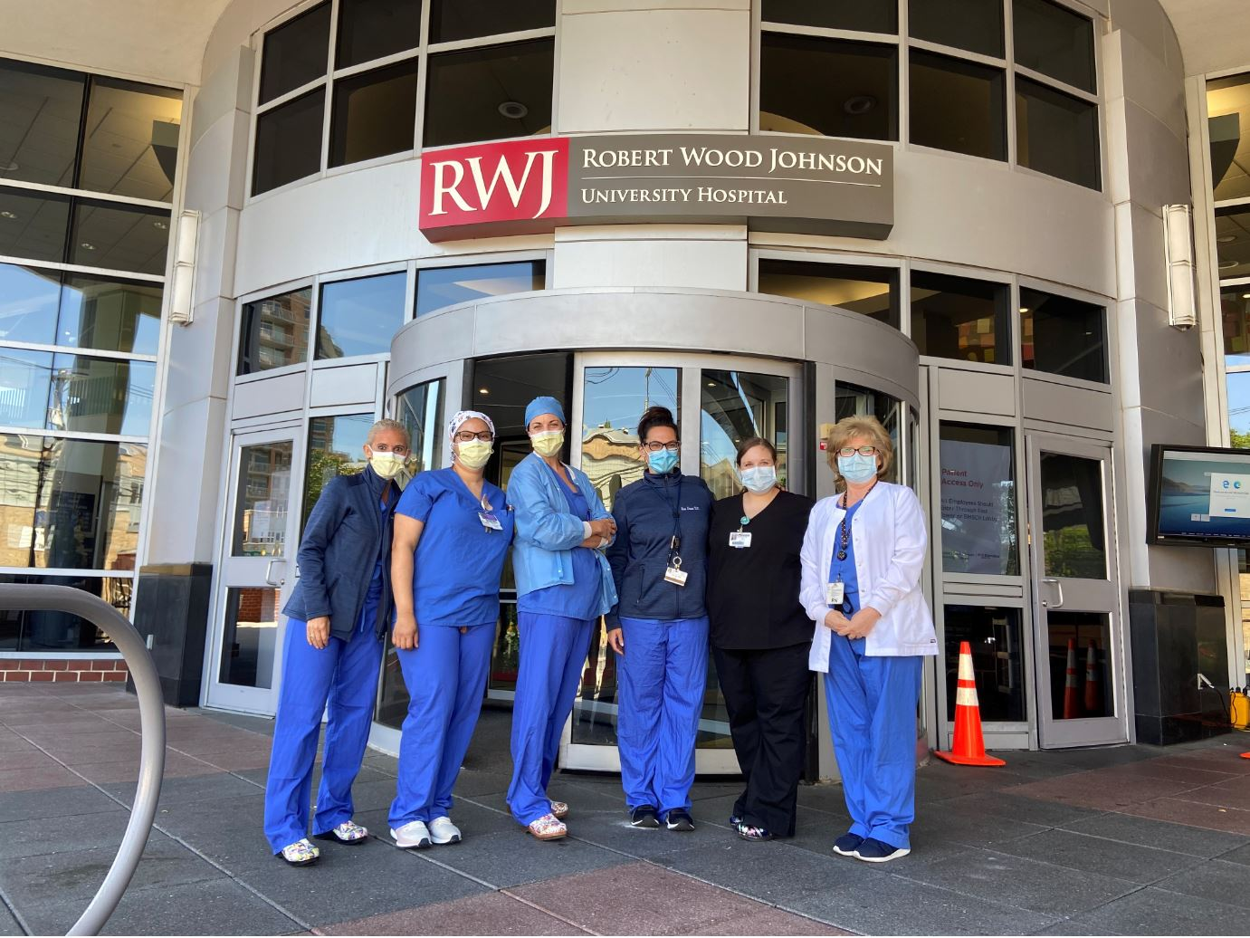 LBPTA Coordinates Community Donation to Healthcare Workers at RWJ